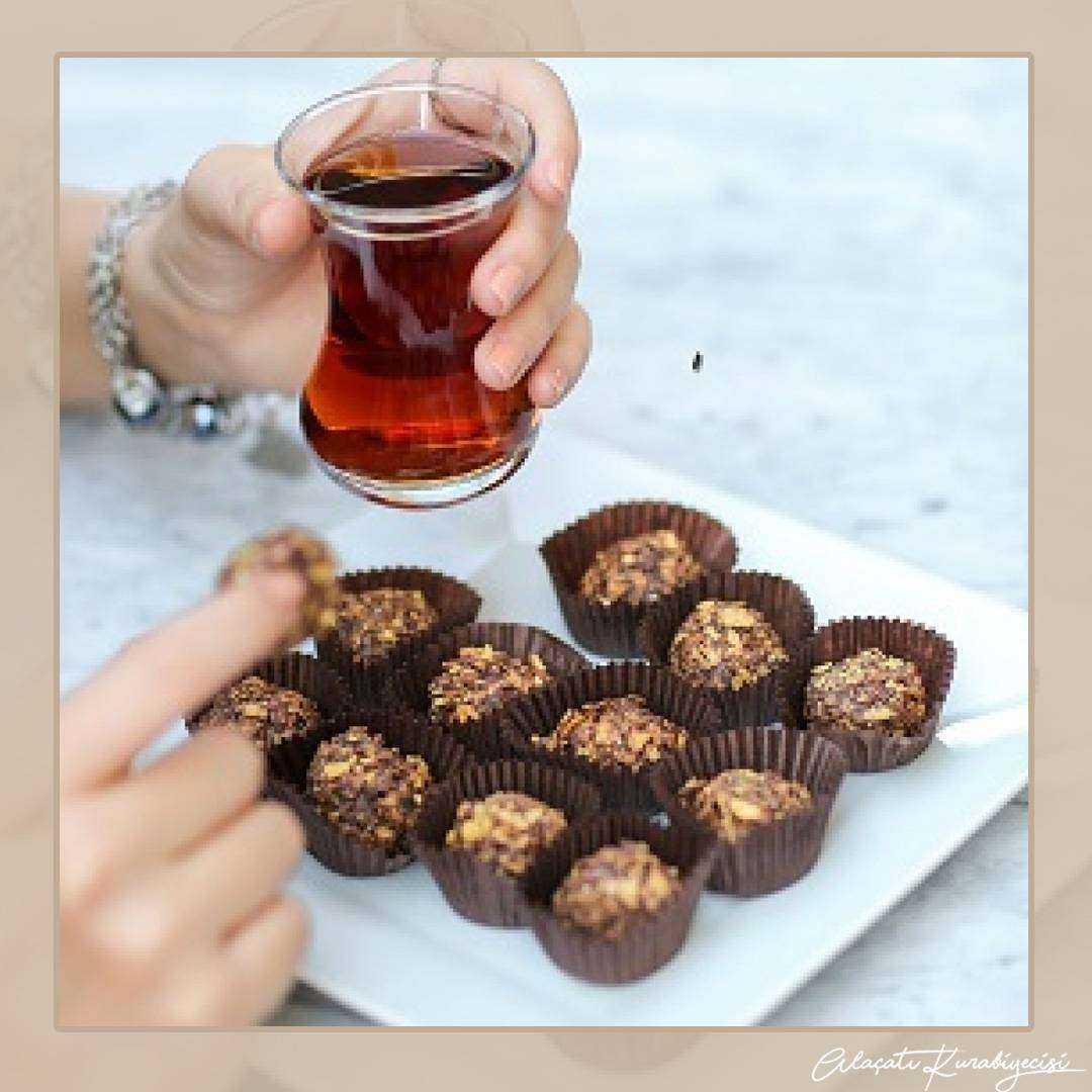 Çikolatalı çıtır top kurabiye